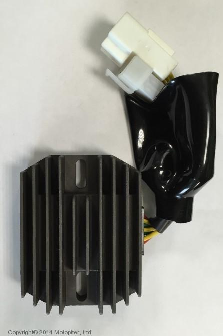 Реле регулятор CBR 1100 XX 99-00, VFR 800 00-, X11 00-