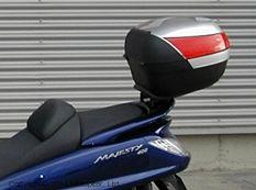 Крепление верхнего кофра на Yamaha MAJESTY 400 - 04/12