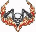 A3038, Нашивка череп с рулем и пламенем